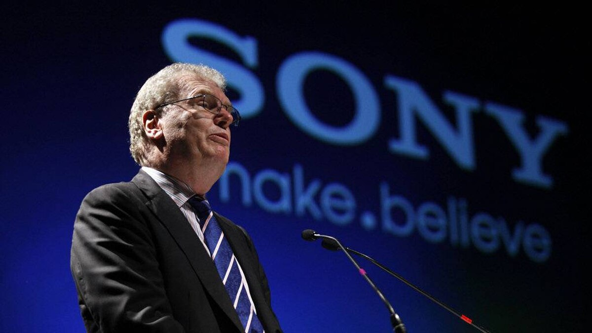 Howard Stringer, chief executive and president of Sony Corporation, speaks during the Sony Media Technology Centre launch at a film school on the outskirts of Mumbai in this March 4, 2011 file. In his first comments after a massive Internet security breach to its PlayStation Network, Sony CEO Stringer apologized to users and launched a $1 million identity theft insurance policy for its PlayStation network users.