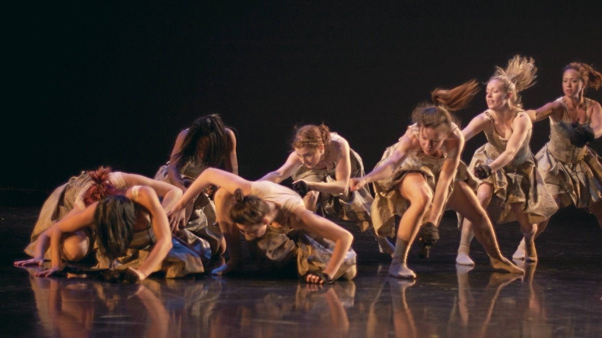 Group action: Unearth Helix Dance Project.