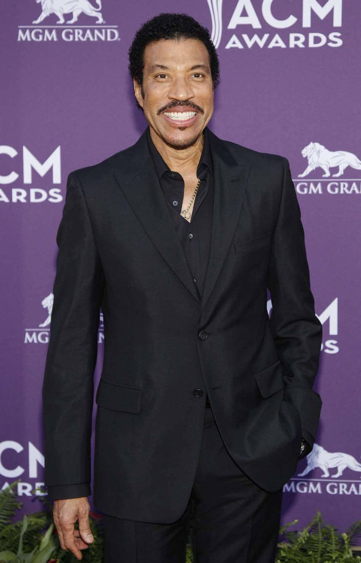 What? Funkmeister Lionel Richie attended the Academy of Country Music Awards in Las Vegas on Sunday. What's next? Kiss?