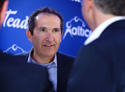 Altice weighing takeover offer for Charter -sources (CHTR, 9984, S)