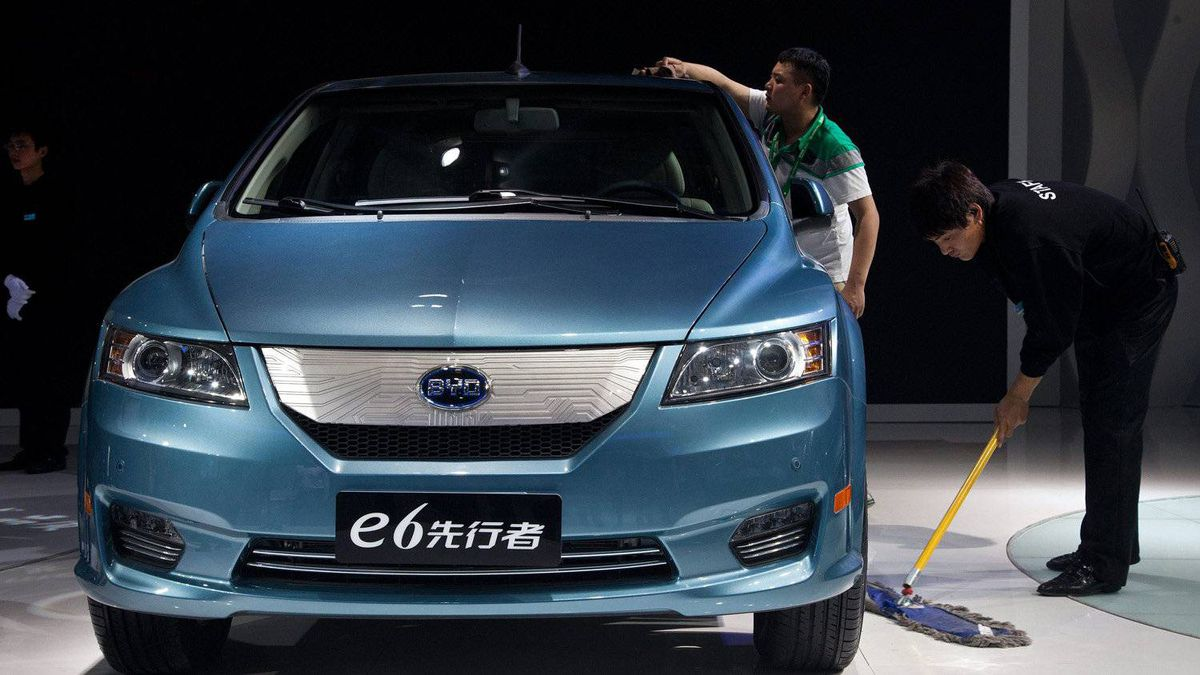 A BYD e6 electric sedan. BYD Co., China's second-largest domestic car brand, showed off this updated electric sedan that it says can travel 190 miles (300 kilometers) on a charge.