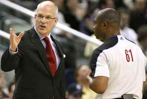 Toronto Raptors head coach Jay Triano argues a call with official Courtney Kirkland (R) during the first half of the NBA basketball game against the Oklahoma City Thunder in Toronto March 19, 2010. REUTERS/ Mike Cassese