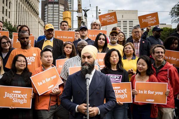 Jagmeet Singh addresses turban head-on in new Quebec NDP advertisement