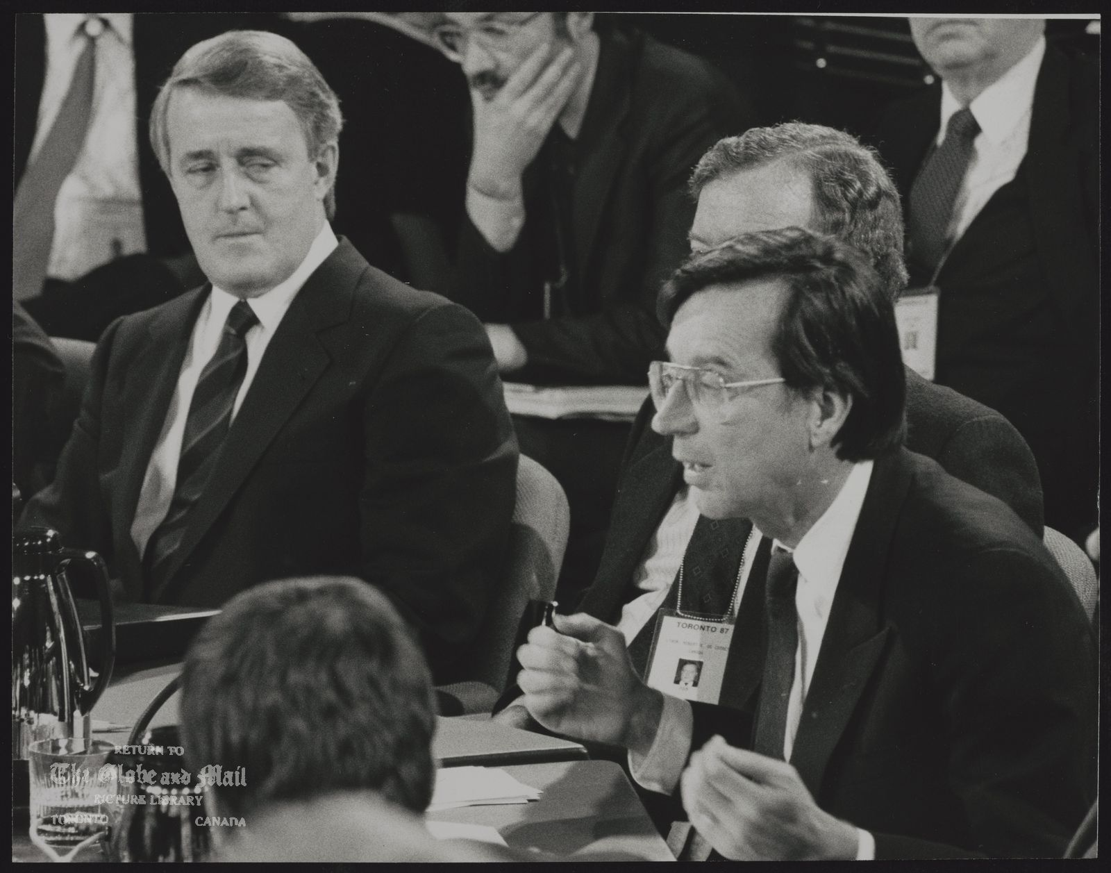 FEDERAL PROVINCIAL FIRST MINISTERS CONFERENCE Prime Minister Brian Mulroney listens to Quebec Premier Robert Bourassa