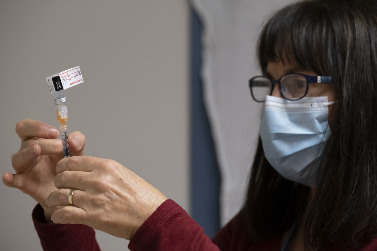 Only two thirds of Canada's available COVID-19 vaccines administered