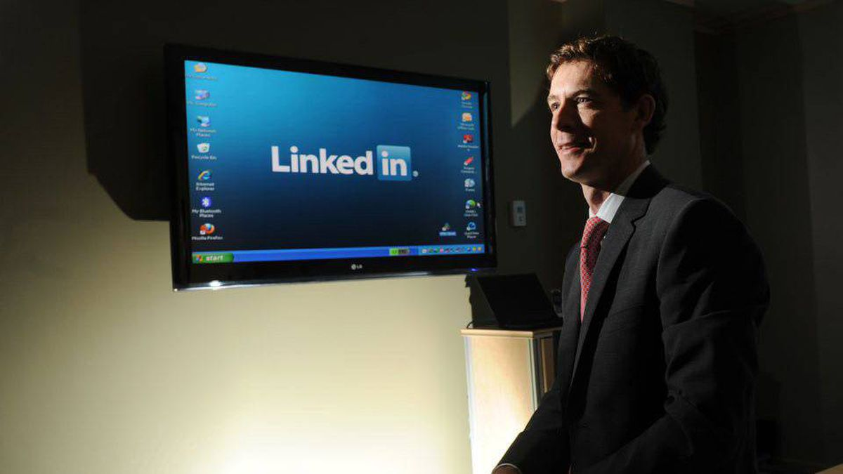 Jonathan Lister of LinkedIn is photographed at his offices in Toronto, Ont. Sept. 30/2010. (Photo by Kevin Van Paassen/The Globe and Mail)