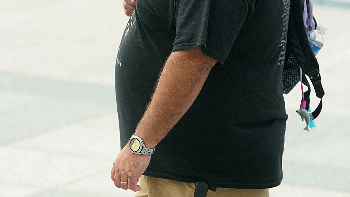 "The percentage of Americans of ""normal weight"" has slightly increased in the past year, but overweight and obese people still command a solid majority, according to a new study."