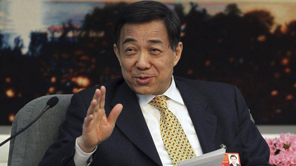Chongqing party secretary Bo Xilai speaks to the media during the National People's Congress at the Great Hall of People in Beijing on March 9, 2012. Reuters