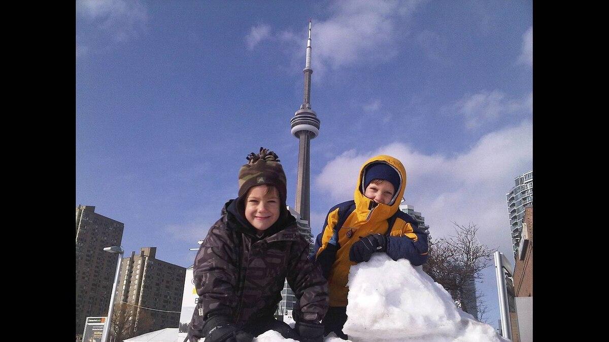 Shawn Houghtling photo: The boys skating at the Toronto waterfront.