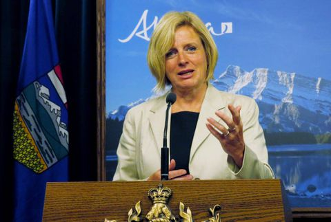 Notley blasts Harper for comments calling NDP government 'a disaster'