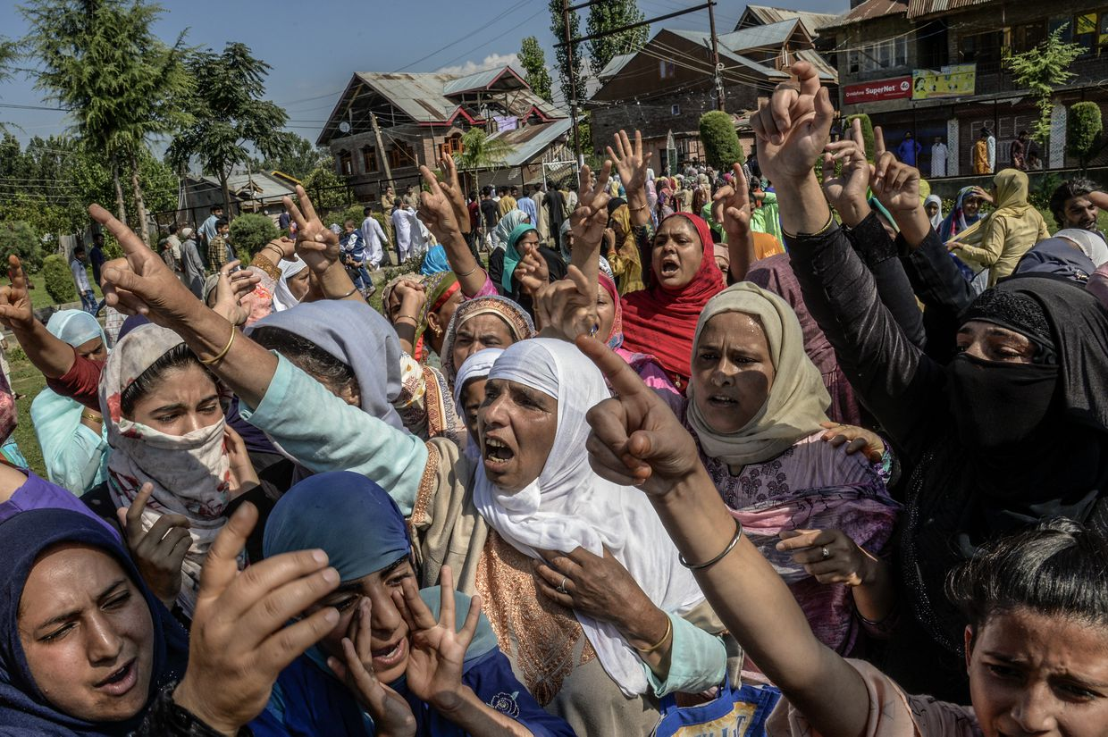 India tightens grip in Kashmir with mosque closings, heavy military presence