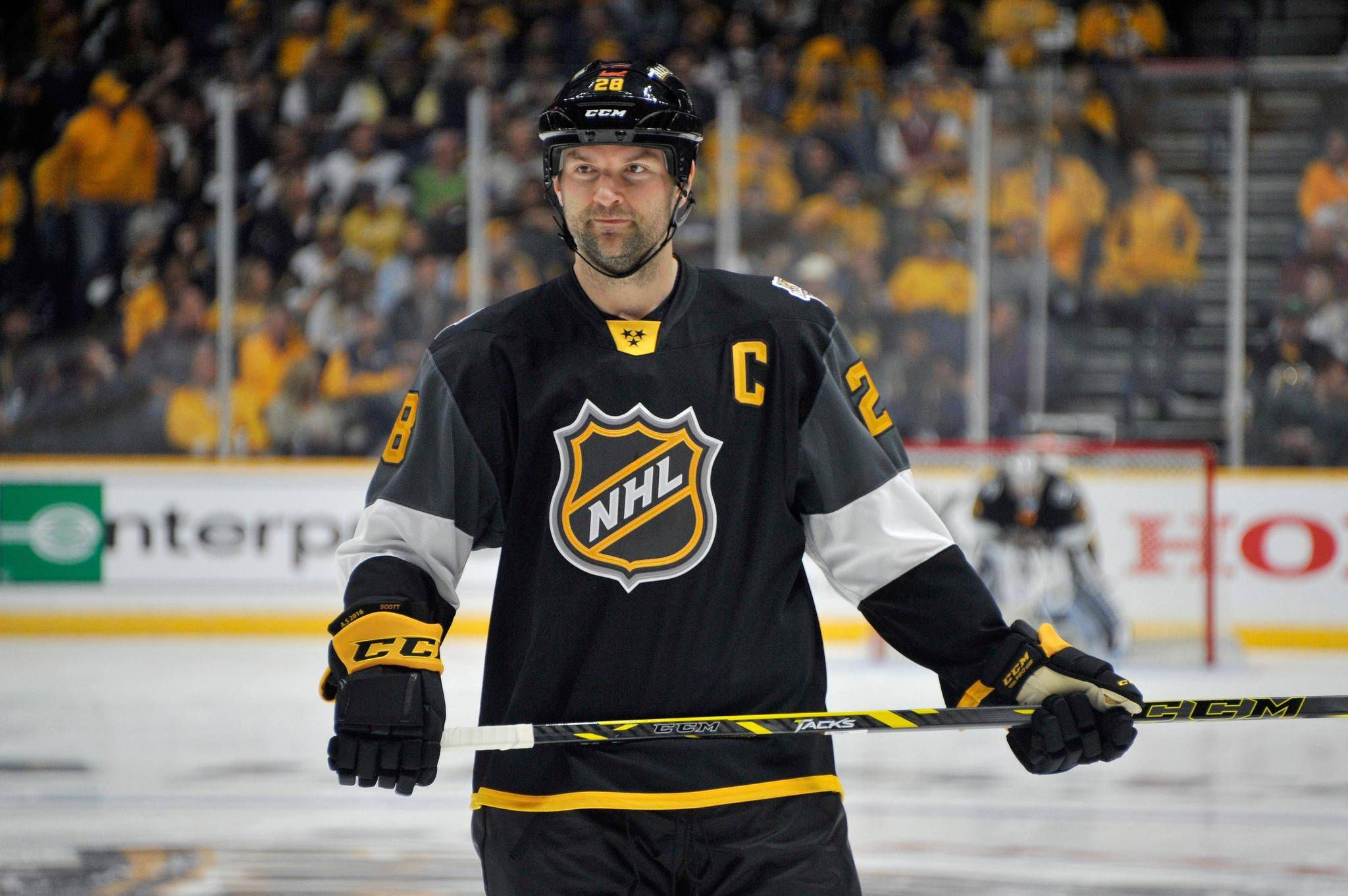269ccfa44 John Scott named NHL all-star MVP as Pacific Division wins tournament