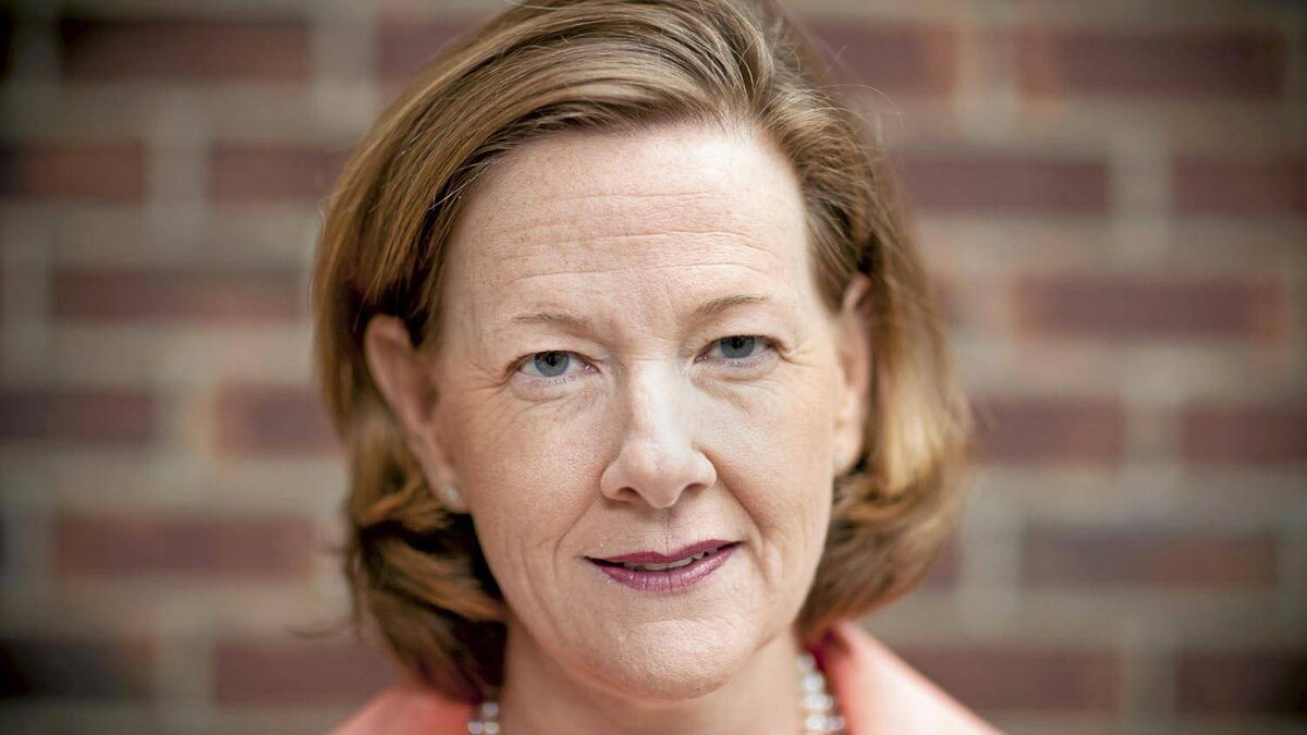 Alberta Conservative Leader Alison Redford: 'There are political parties out there who are talking about change who are made up of a lot of people who used to be members of this party 20 years ago. That doesn't sound like change to me.'