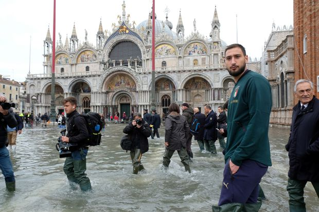 Venice remains on edge amid threat of high tidal waters as St. Mark's Square reopens