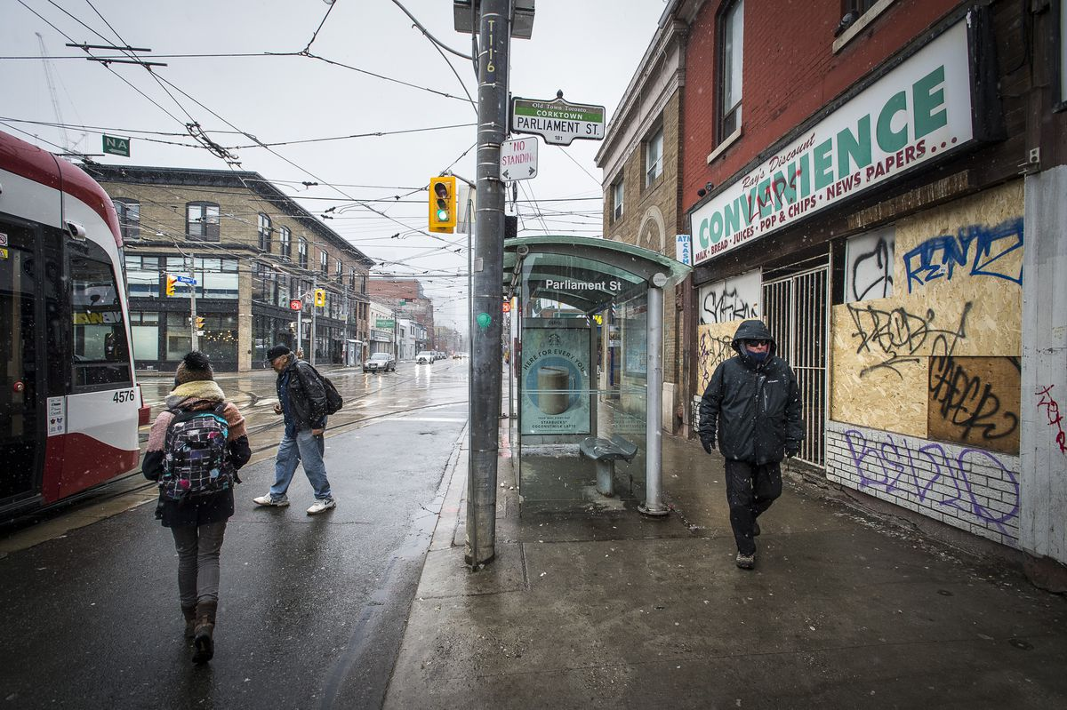 Toronto eyes tax on vacant stores to discourage speculators from sitting on empty properties
