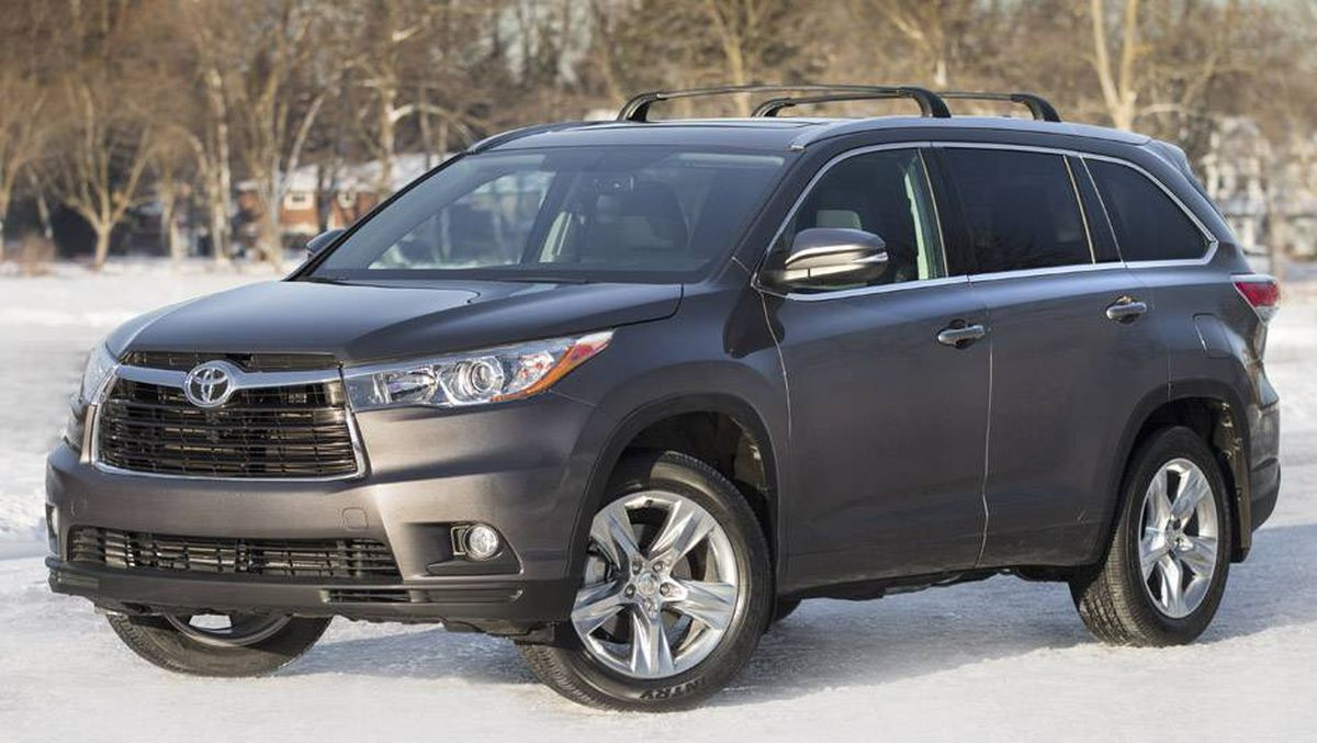 in pictures toyota highlander redesigned for 2014 the globe and mail. Black Bedroom Furniture Sets. Home Design Ideas