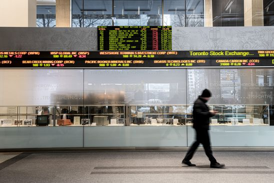 The close: TSX tumbles over 5% on virus worries as BoC cuts to near zero