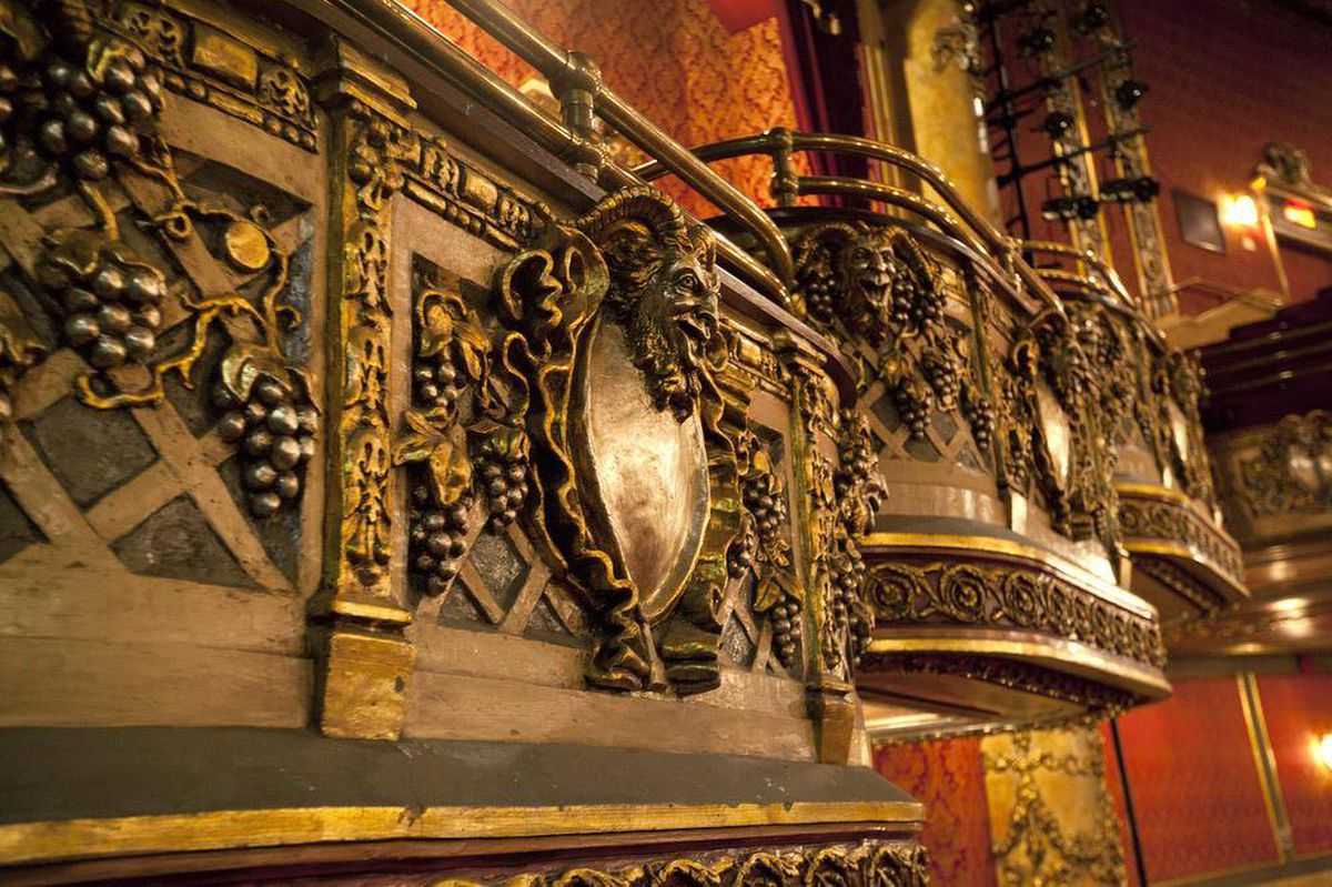 in pictures the century old elgin and winter garden theatre the