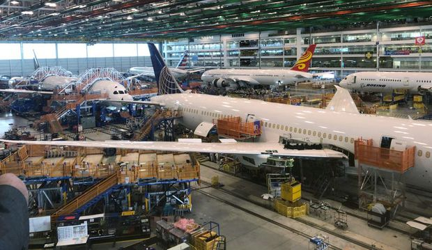 Boeing considering new 787 Dreamliner production cut, sources say