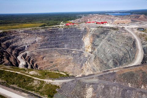 Goldcorp hack underlines rise in cyberattacks on corporations