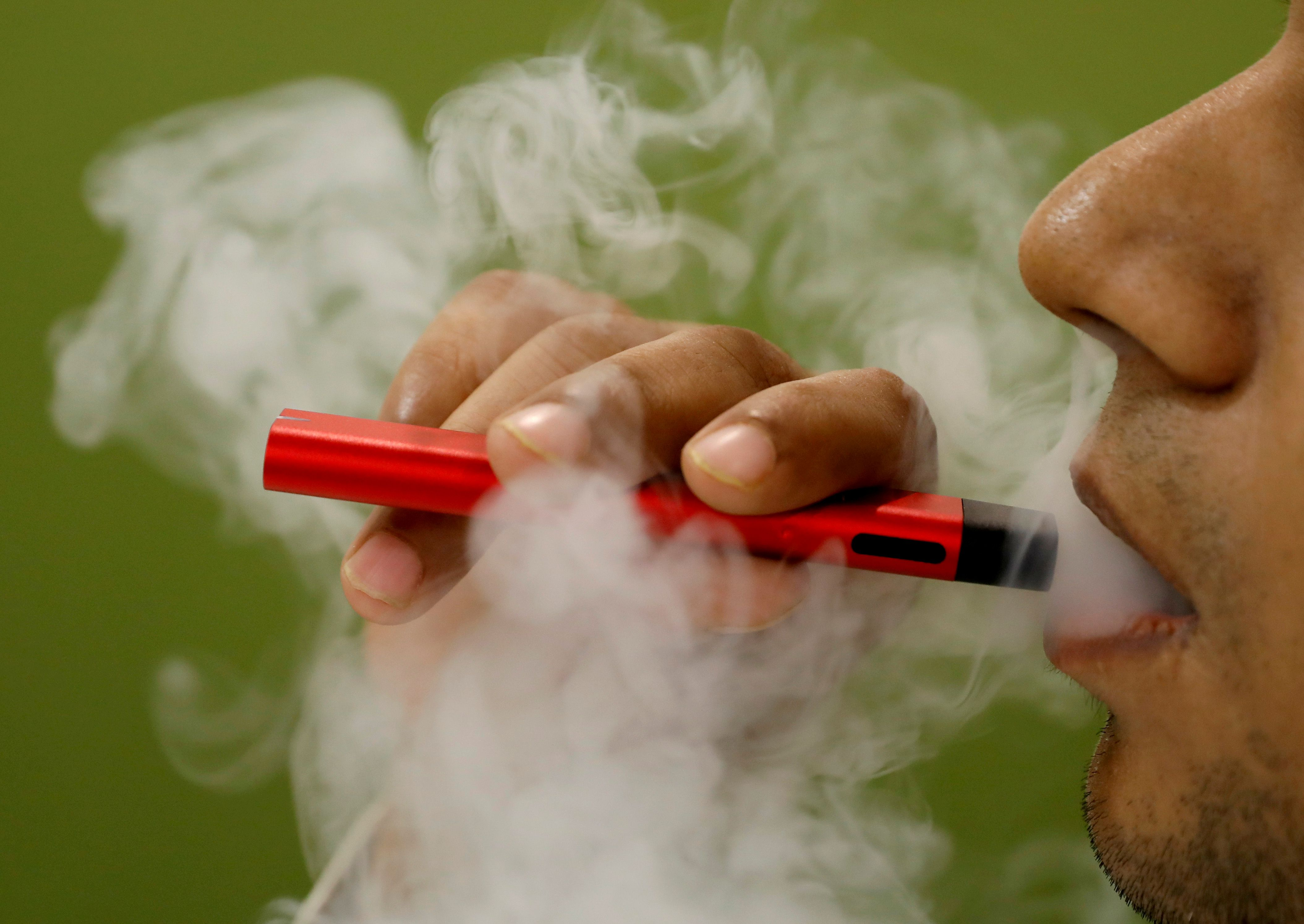 First probable case of vaping-related illness identified in B.C.