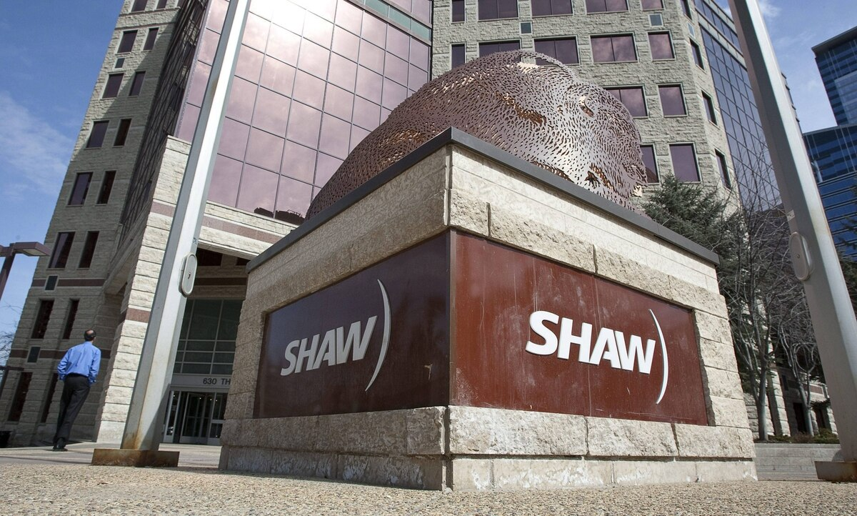 Shaw Communications is buying two specialty TV channels from TVA Group.