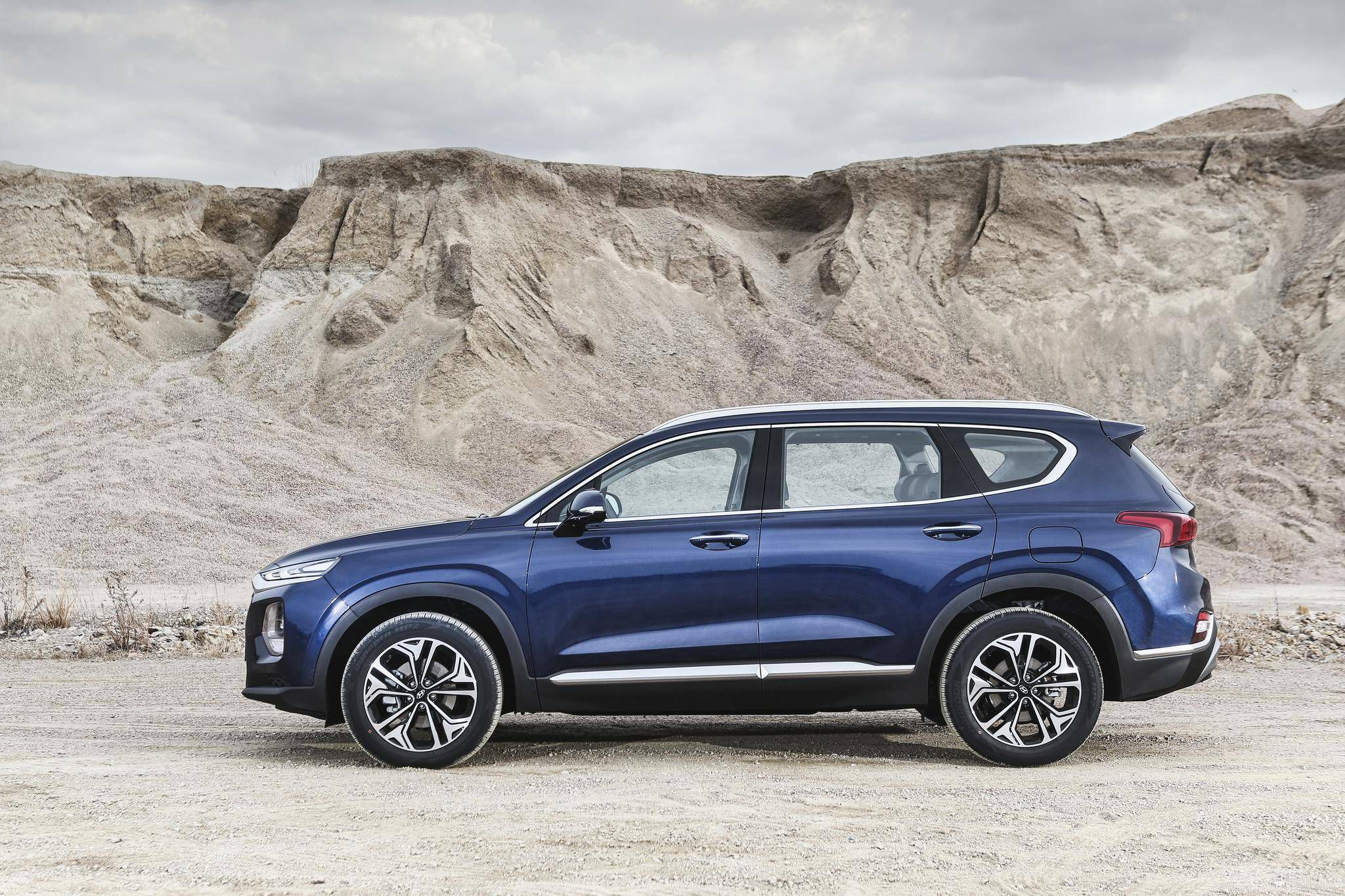 Review With 2019 Hyundai Santa Fe Utility Comes To The Fore The Globe And Mail