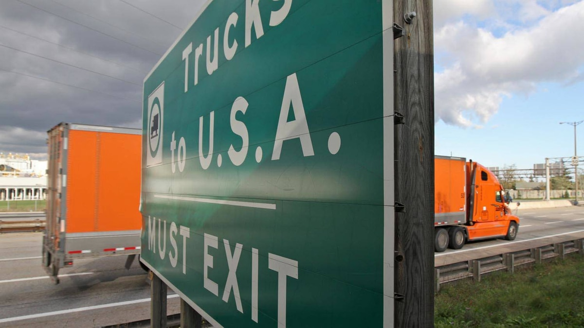 Trucks approach the border crossing at the Peace Bridge between Fort Erie, Ont., and Buffalo N.Y.