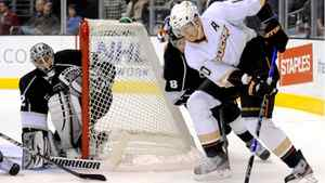 Reigning league MVP Corey Perry accepted Teemu Selanne's spot in the all-star game.