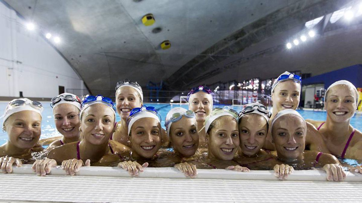A Day At The Pool With Canada 39 S Women 39 S Synchro Swim Team