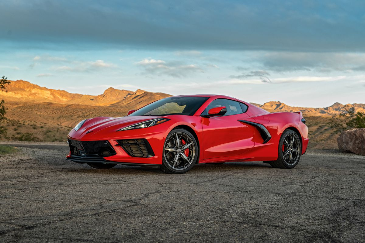 Review: The 2020 Corvette looks and drives like a Ferrari, for a fraction of the price