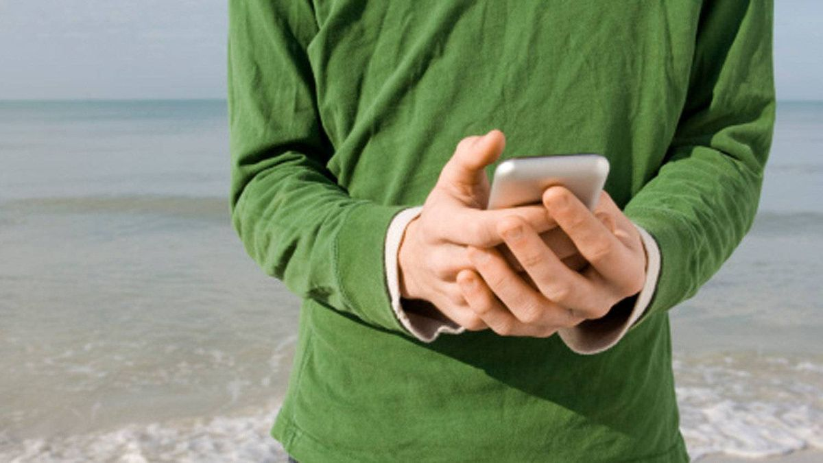Text messaging at the beach