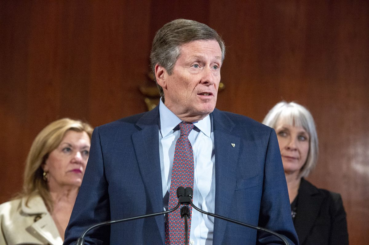 Toronto Mayor John Tory calls for investigation into TTC's handling of derailment, service disruption