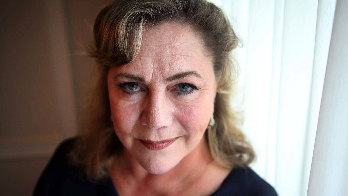 Kathleen Turner returning to Toronto stage in May - The ...