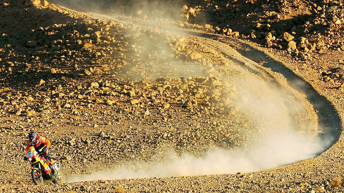 Australian rider Andy Caldecott rides during the fourth stage of the Dakar Rally between Er Rachidia and Ouazazate, Morocco, Tuesday Jan.3, 2006. Caldecott was killed in a crash in the ninth stage of the Dakar Rally in 2006.