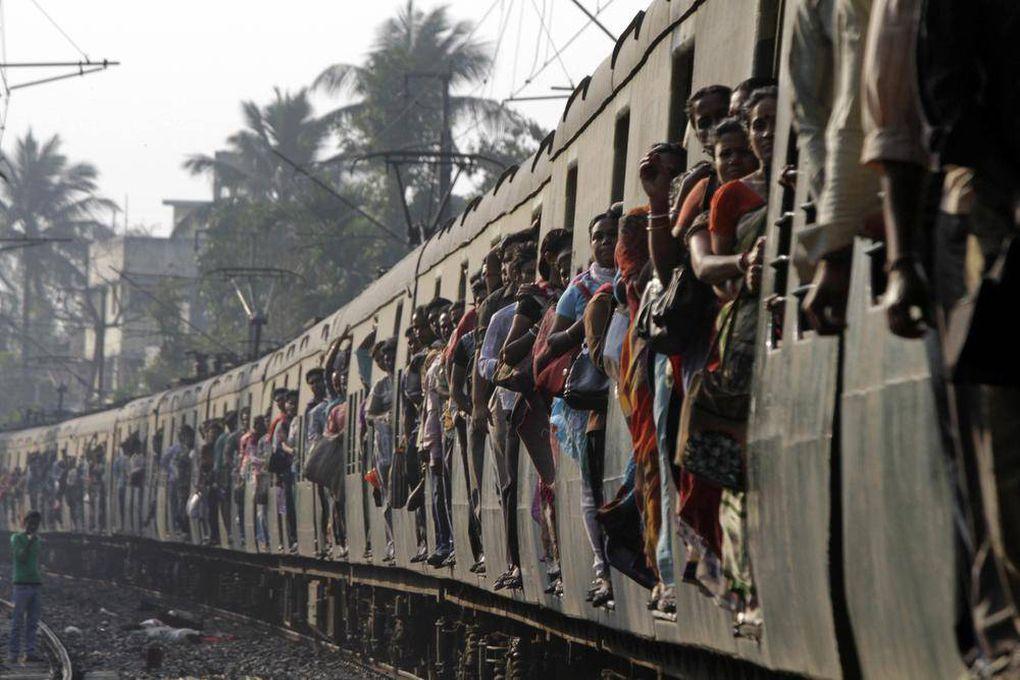 фото индийских поезд перемотки