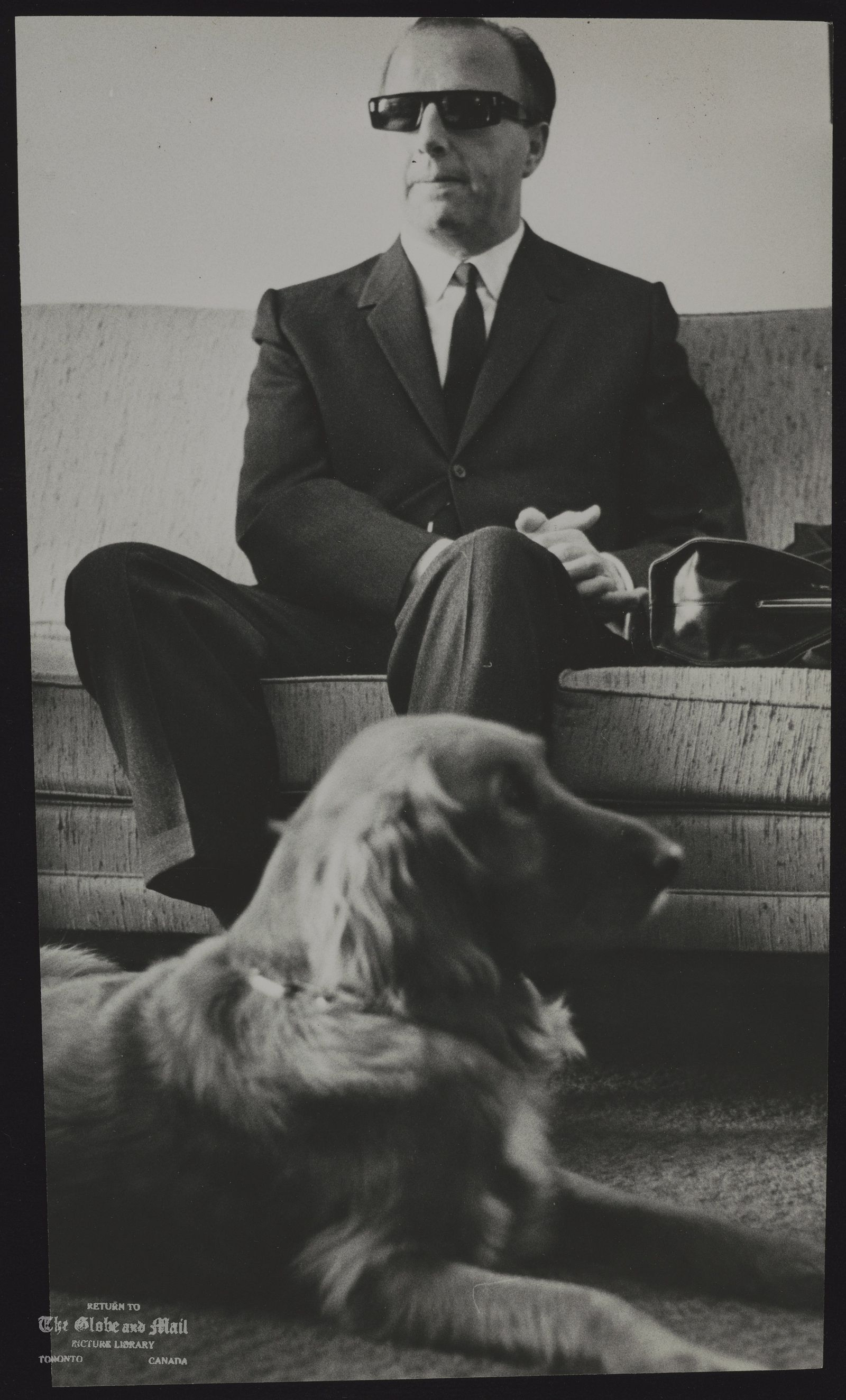 GEORGE SHEARING and guide dog Lee