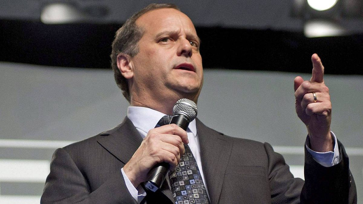 Federal leadership candidate Brian Topp holds a town-hall meeting at the B.C. NDP convention in Vancouver on Dec. 10, 2011.