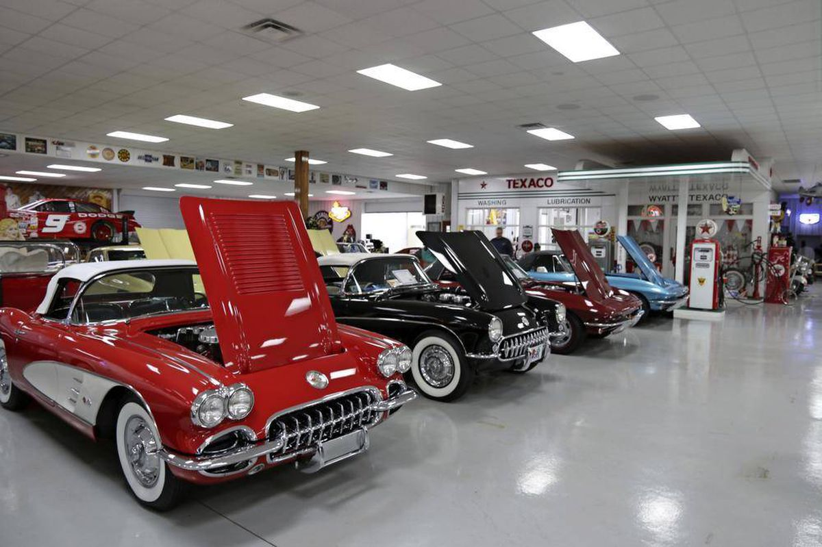 One of world s largest corvette collections found deep in georgia backwoods the globe and mail