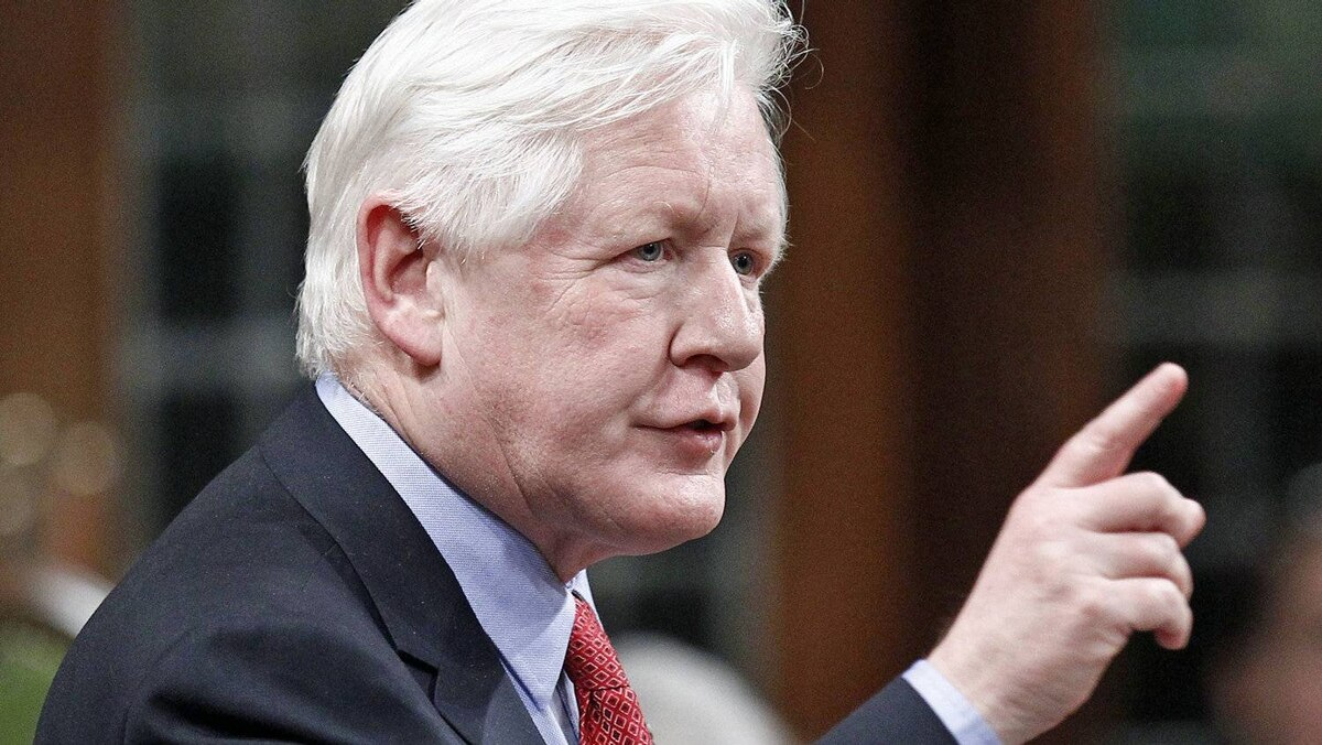 Interim Liberal Leader Bob Rae speaks during Question Period in the House of Commons on March 12, 2012.
