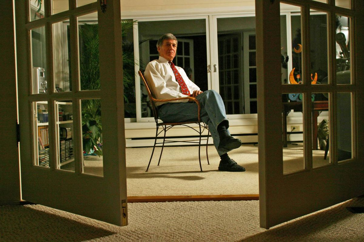 NDP stalwart Gerald Caplan, shown at his home in January of 2004.