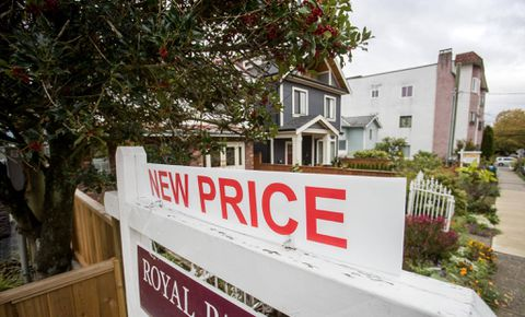 Vancouver property sales plunge as foreign-buyers tax takes effect