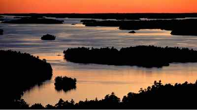 To really explore St. Lawrence national park, created in 1904, visitors need a boat to reach more than 20 islands and some 83 islets and shoals.