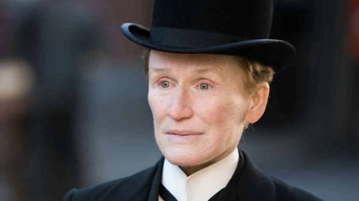 "Glenn Close in ""Albert Nobbs"": Best actress material?"