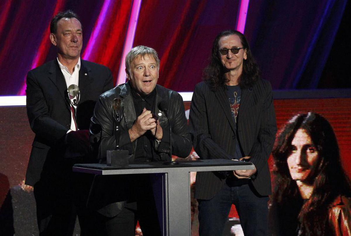 in pictures rush inducted into rock and roll hall of fame the globe and mail. Black Bedroom Furniture Sets. Home Design Ideas