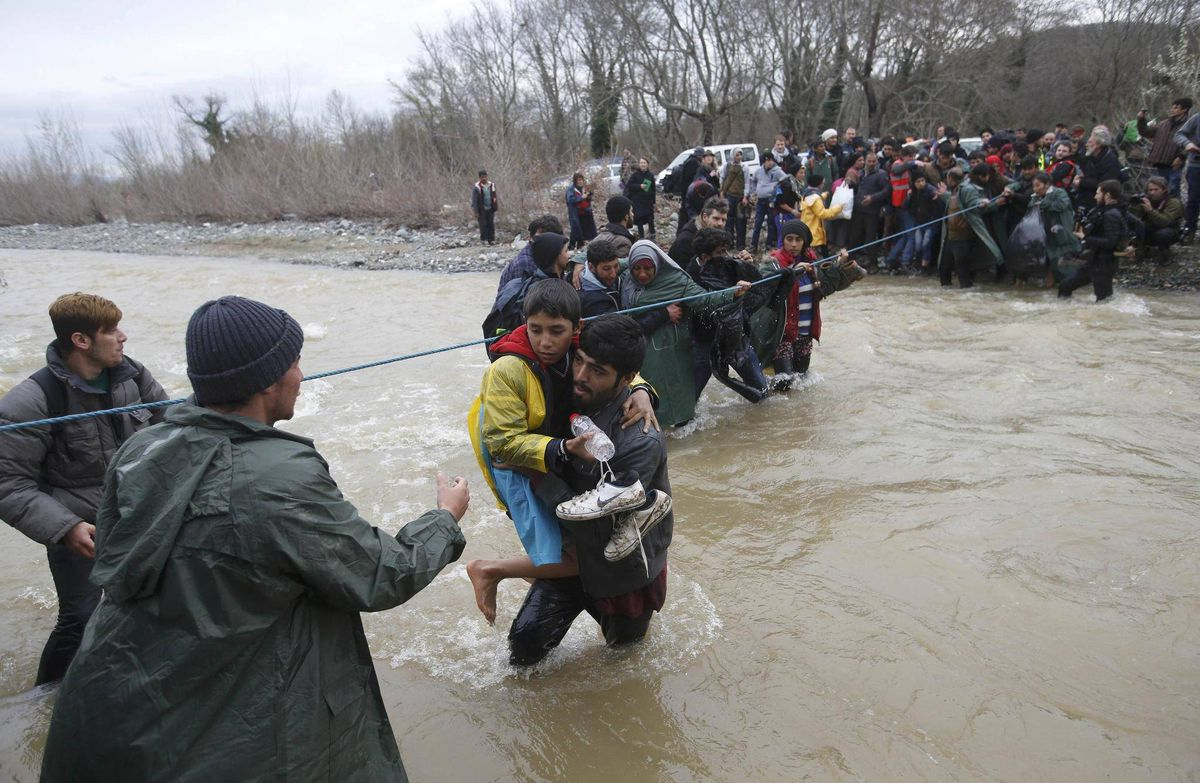 Refugees stranded in Greece head for dangerous route north - The