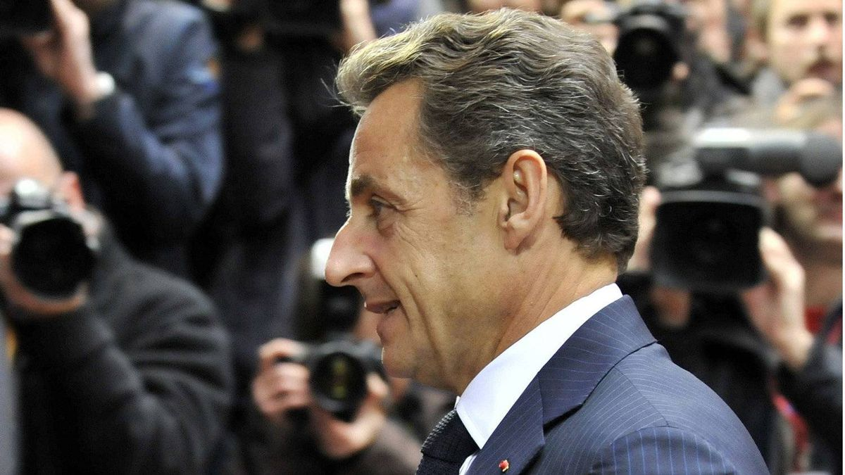 French President Nicolas Sarkozy arrives for a European Union summit on Oct. 28, 2010 at the European Council headquarters in Brussels.