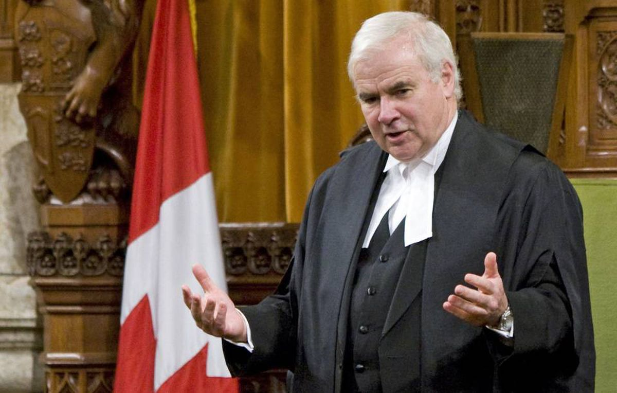 Speaker Peter Milliken addresses the House of Commons after on Oct. 21, 2009.