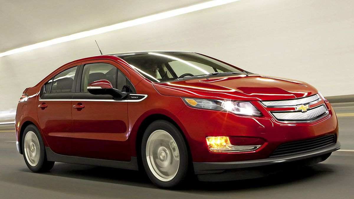 Chevy offers volt owners free loaner the globe and mail for General motors chevrolet customer service