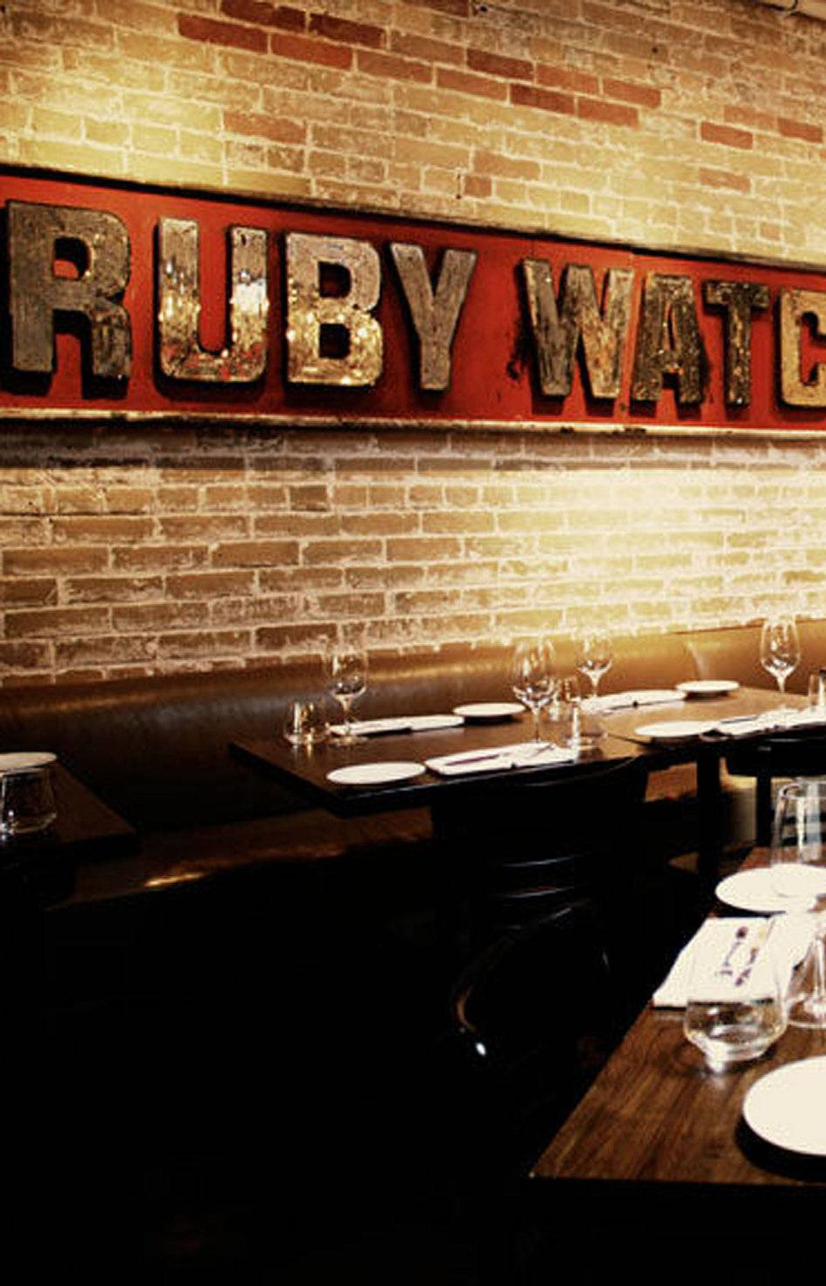 Take out decor ideas from a trendy toronto restaurant